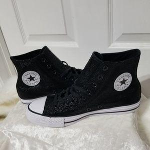 Converse Black & White High Tops B7